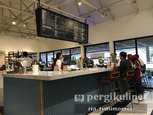 Foto 4 - Interior di Anomali Coffee oleh Ria Tumimomor IG: @riamrt