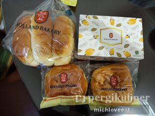Foto 4 - Makanan di Holland Bakery oleh Mich Love Eat