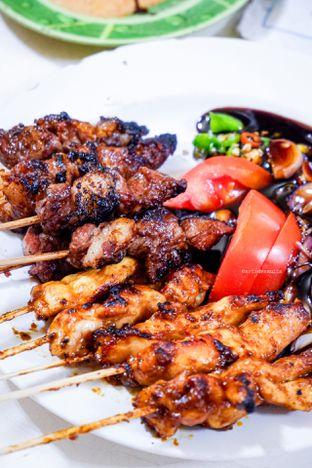 Foto 2 - Makanan di Warung Sate Pak Haji Kadir 6 oleh Indra Mulia
