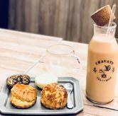 Foto scones & tea set di Chavaty