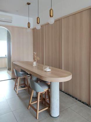 Foto 12 - Interior di Coffeeright oleh Prido ZH