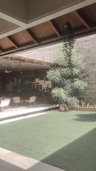 Foto 3 - Eksterior(Outdoor) di Visma Coffee oleh snooshi
