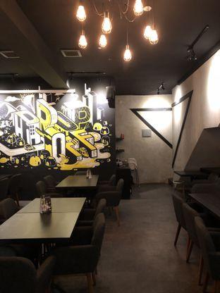 Foto review Drop Off Kitchen & Bar oleh Yuni   2