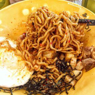 Foto 2 - Makanan(Buta naked ramen lvl 30) di Sumoboo oleh Stellachubby