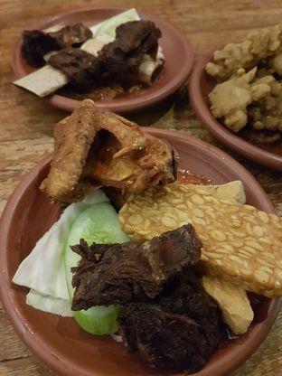 Foto 1 - Makanan di Warung Tekko oleh Olivia @foodsid