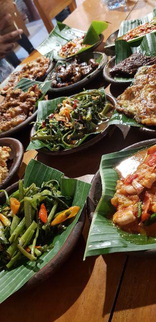 Foto 2 - Makanan di Waroeng SS oleh Meri @kamuskenyang