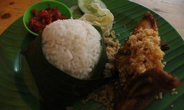 Ayam Goreng Mamake