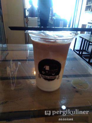 Foto 2 - Makanan(Ice latte) di Bajaj Coffee oleh Asasiani Senny