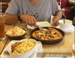 Foto - Makanan di Pizza Hut oleh Gregorius Bayu Aji Wibisono