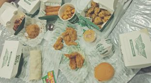 Foto 8 - Makanan di Wingstop oleh Victor Fernando