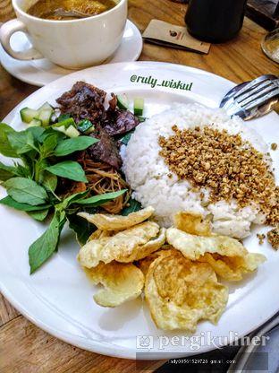 Foto 6 - Makanan di Kafe Betawi oleh Ruly Wiskul