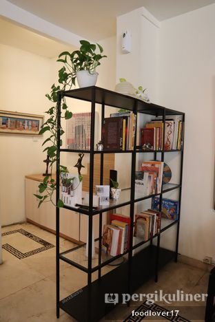 Foto 6 - Interior di Sang Cafe oleh Sillyoldbear.id