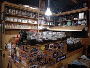 Foto review Customs Coffee oleh Eunice   3