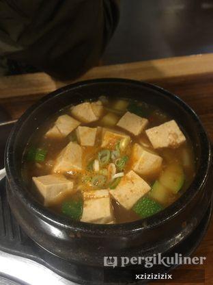 Foto 2 - Makanan(Doenjang Jiggae) di Chung Gi Wa oleh zizi