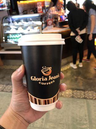 Foto 1 - Makanan di Gloria Jean's Coffees oleh Oswin Liandow