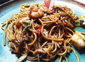 6 Tempat Makan dengan Menu Mie Jawa di Jakarta Paling Nikmat