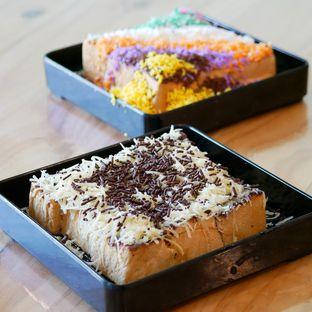 Foto 4 - Makanan di Dapoer Roti Bakar oleh Kuliner TV