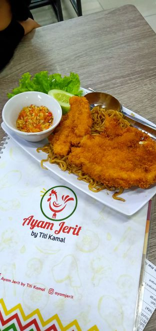 Foto review Ayam Jerit oleh Henie Herliani 1