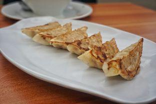 Foto 4 - Makanan(Gyoza Ayam Bakar) di Hakata Ikkousha oleh Fadhlur Rohman