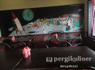 Foto 4 - Interior di Double Steak oleh Desy Mustika