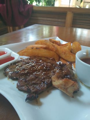 Foto 2 - Makanan di The Stone Cafe oleh Trias Yuliana