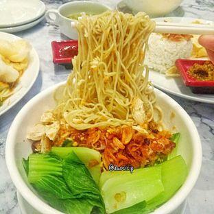 Foto 2 - Makanan(Chicken noodle) di Garage Cafe oleh duocicip