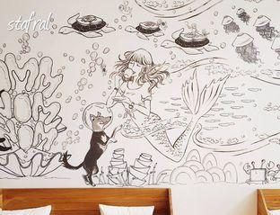 Foto 2 - Interior di Roti Eneng oleh Stanzazone