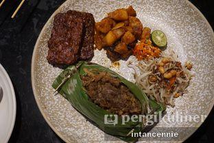 Foto 5 - Makanan di Putu Made oleh bataLKurus