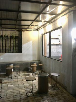 Foto 12 - Interior di Cawan Kopi oleh Prido ZH