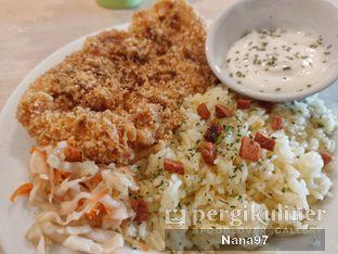 Foto 4 - Makanan di Bloom Coffee & Eatery oleh Nana (IG: @foodlover_gallery)
