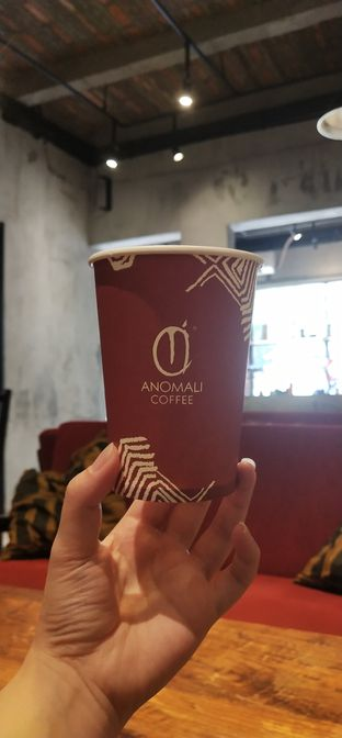 Foto review Anomali Coffee oleh Merlin makan 7