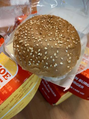 Foto 2 - Makanan di Lemoe Burger oleh Cecilia Octavia