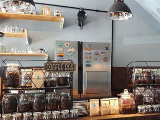 Foto 4 - Interior di Monomania Coffee House oleh Claudia @grownnotborn.id