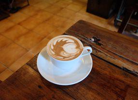 6 Coffee Shop di Tebet yang Citarasa Kopinya Bikin Kamu Nagih Banget