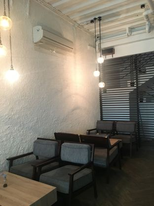 Foto 5 - Interior di Say Something Coffee oleh Anna