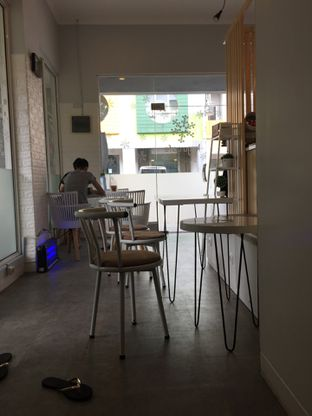 Foto 1 - Interior di Koju Cafe oleh Yohanacandra (@kulinerkapandiet)