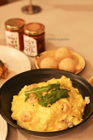 Foto 1 - Makanan di Ling Ling Dim Sum & Tea House oleh thehandsofcuisine