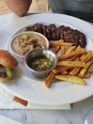 Foto 1 - Makanan di Bilbao Brasserie oleh Nicole Rivkah