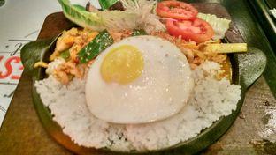 Foto review D'llyst Restaurant & Cafe oleh Indra Hadian Tjua 6