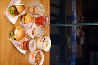 Foto review Thirsty & Hungry oleh yudistira ishak abrar 10
