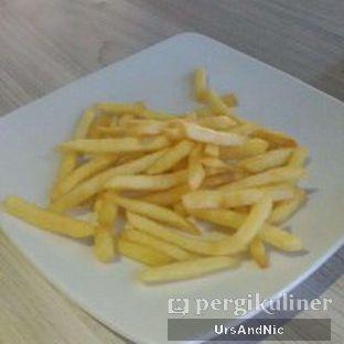 Foto 4 - Makanan(French Fries) di AH Resto Cafe oleh UrsAndNic