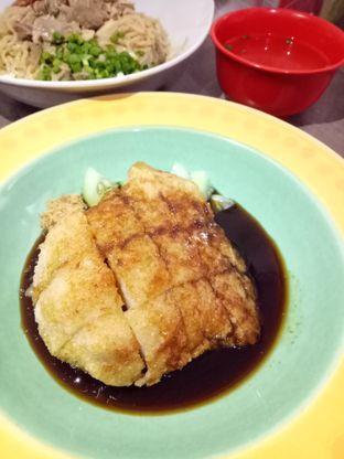 Foto 3 - Makanan di Bakmi Elok 89 oleh @duorakuss