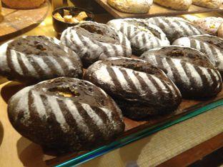 Foto 1 - Makanan(sanitize(image.caption)) di Francis Artisan Bakery oleh Renodaneswara @caesarinodswr
