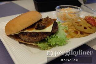 Foto 1 - Makanan di MOS Cafe oleh Darsehsri Handayani