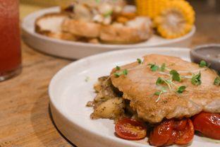 Foto 3 - Makanan di Twin House oleh thehandsofcuisine