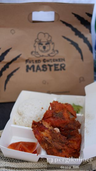 Foto review Fried Chicken Master oleh Deasy Lim 3