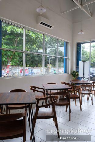 Foto 9 - Interior di Dailio Specialty Coffee oleh Darsehsri Handayani