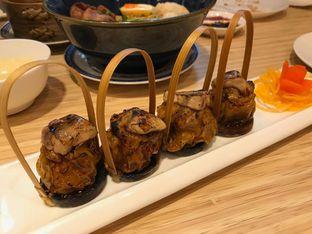 Foto 5 - Makanan(Pan fried foie gras pork siewmai) di Wan Treasures oleh Pengembara Rasa