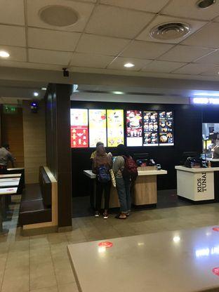 Foto 3 - Interior di McDonald's oleh Prido ZH