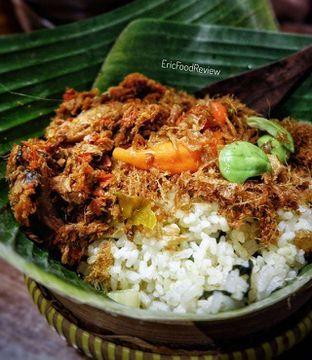 Foto - Makanan(Nasi Bakul Alit Tongkol Asap Garo Rica Malalayang) di Remboelan oleh Eric  @ericfoodreview